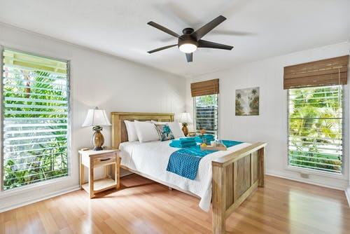 竹製卷簾、輕飄飄的紗簾